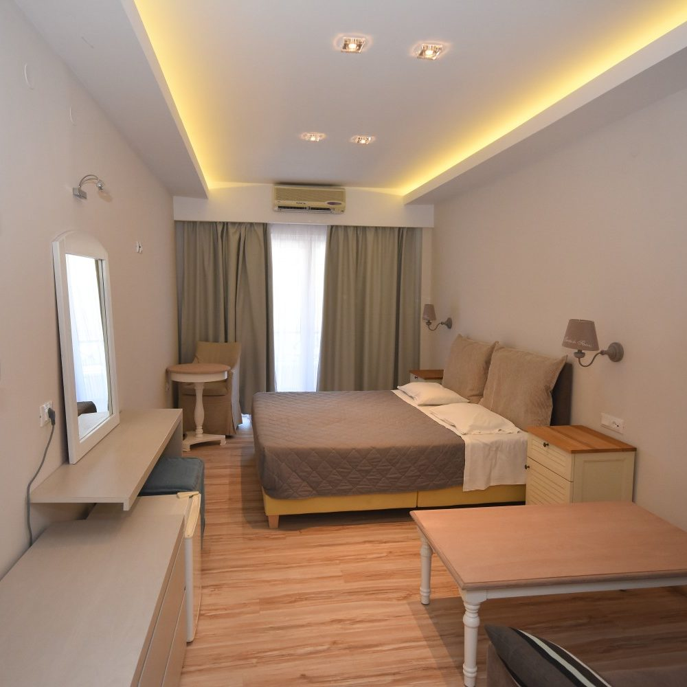Twin Room-Liapades Beach